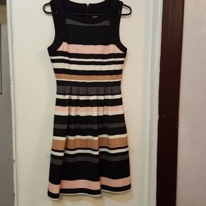 Vince Camuto stripped flare dress